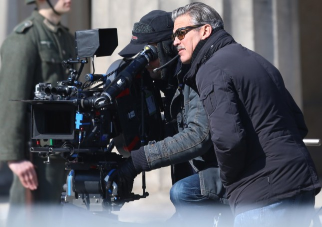 george-clooney-on-set-the-monuments-men-07